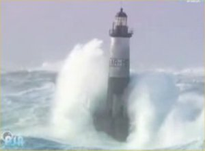 lighthouses-vs-waves